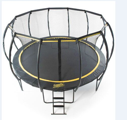 round trampoline from Domijump